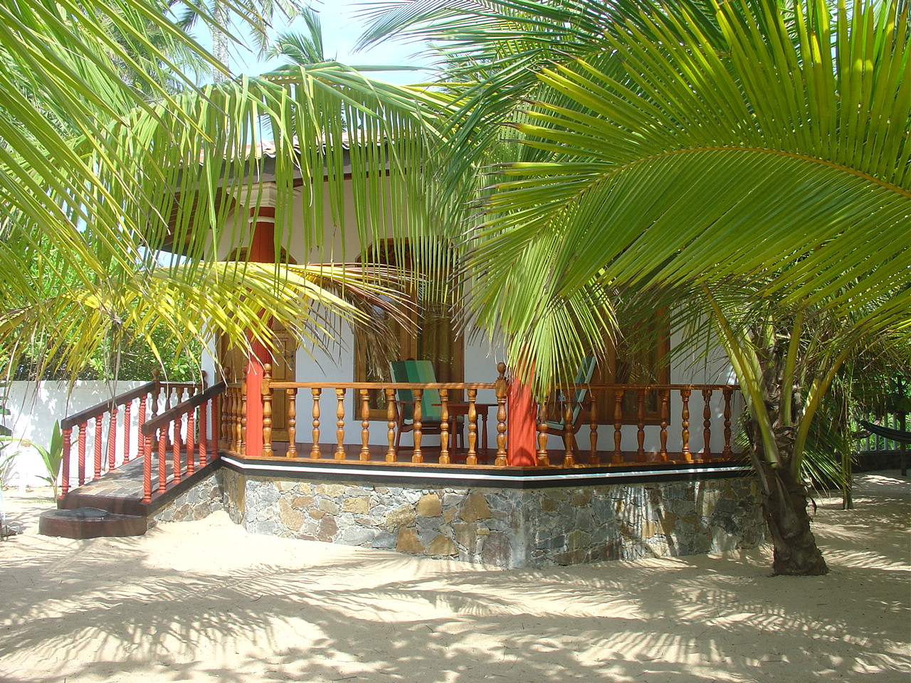 Patini Bungalows | Your home at the beach of paradise...